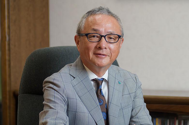 株式会社 ビークルーエッセ 代表取締役 國光 弘